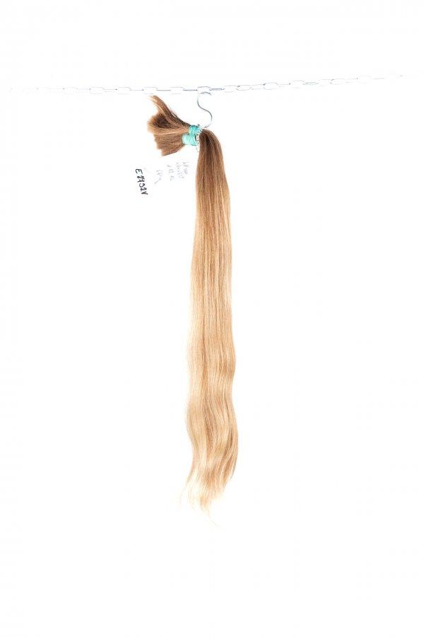 Přírodní jemné blond vlasy