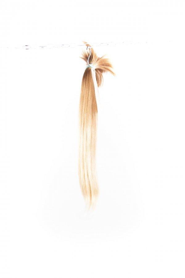 Přírodní světlé culíky k prodlužování vlasů.