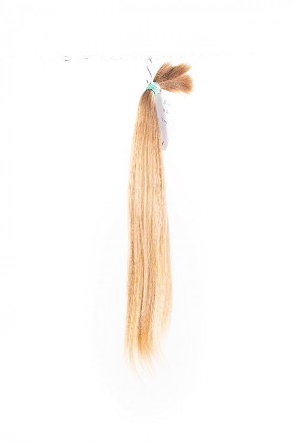 Dětské nebarvené odstíny vlasů.