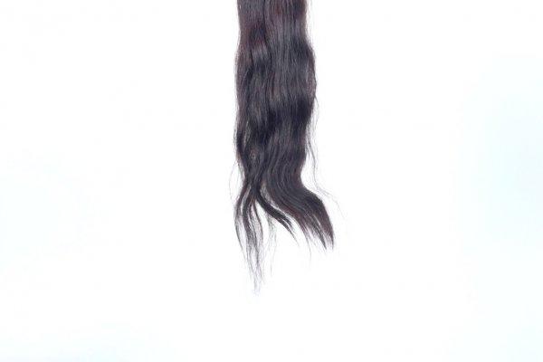 Řecké vlasy s jemnou vlnou
