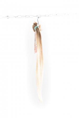 Rovné dětské vlasy na prodlužování vlasů.