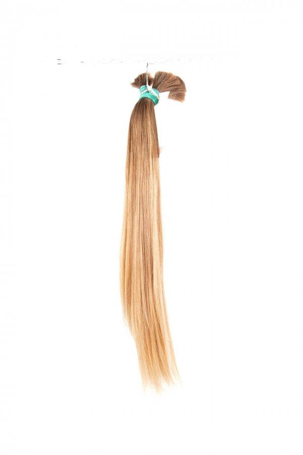 Lehké blond vlasy na prodlužování