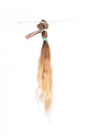 Dětské vlasy s lehkou vlnou na prodlužování
