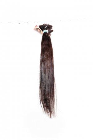 Rovné tmavé vlasy pro prodloužení vlasů.