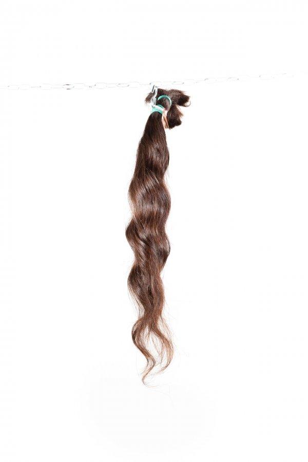 Vlnité vlasy k prodloužení přírodní odstín.