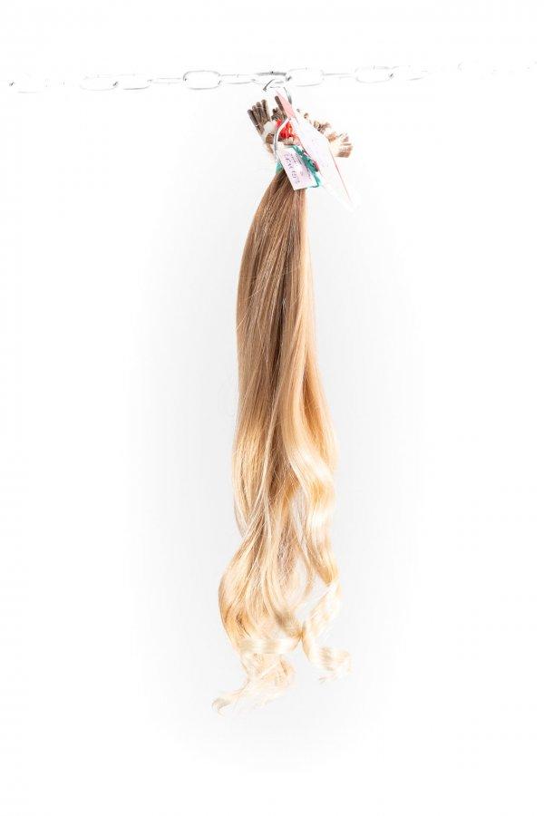 Dětské světlé vlasy
