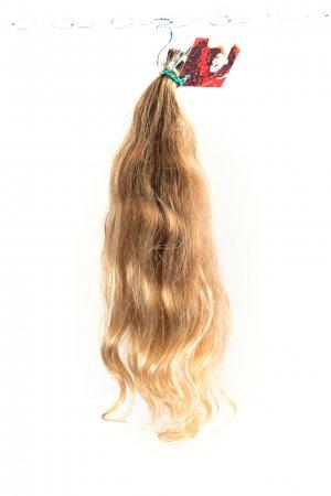 Vlnité panenské plavé vlasy