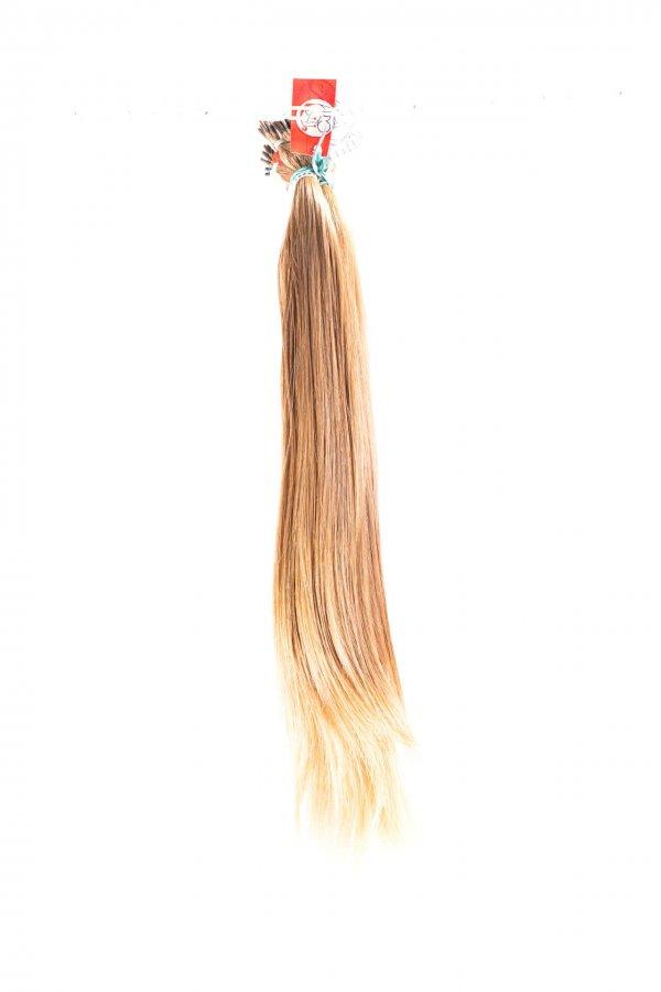 Světlé, přírodní, jemné vlasy