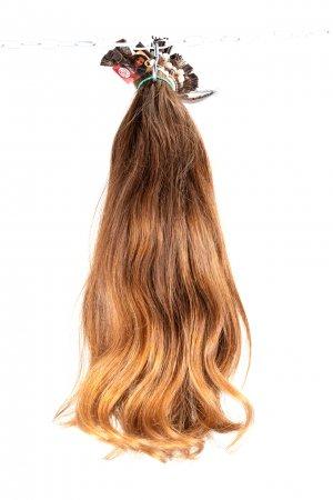 Lehce vlnité přírodní vlasy