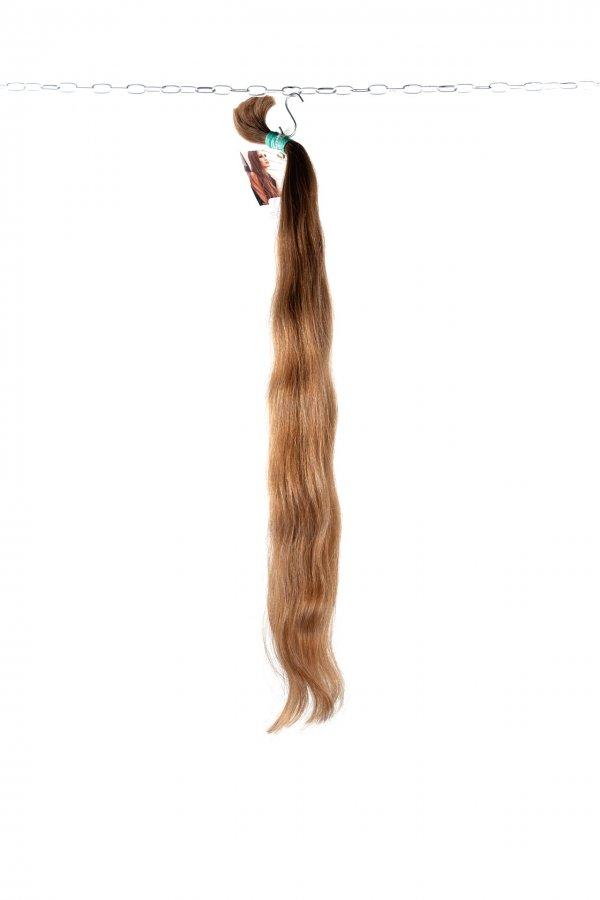 Lehce vlnité světlé vlasy k prodloužení