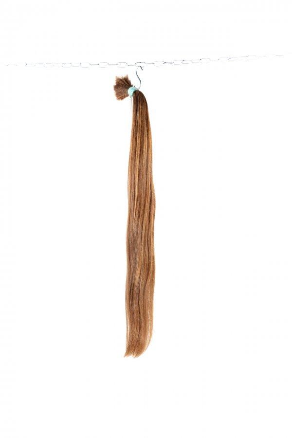 České vlasy světle hnědé