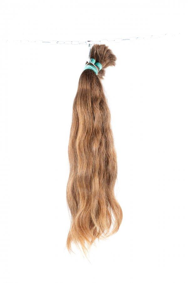 Objemné vlasy z výkupu k prodloužení