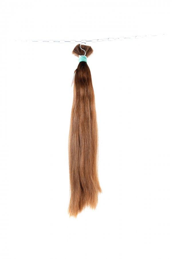 Rovné vlasy v hnědém odstínu