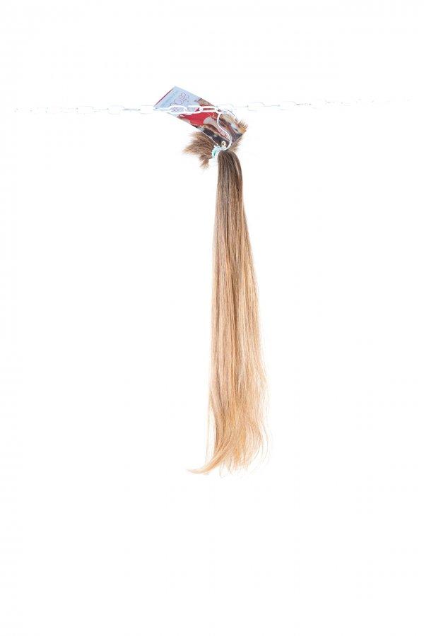 Přírodní plavé vlasy