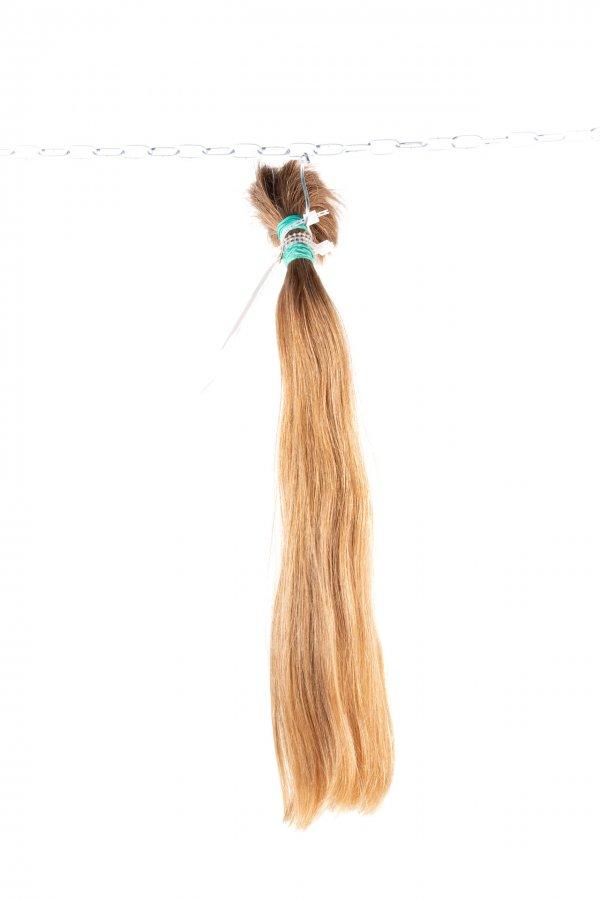 Plavé objemné vlasy k prodloužení