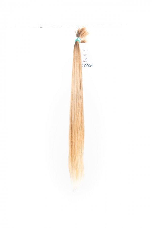 Rovné dlouhé vlasy k prodlužování vlasů.