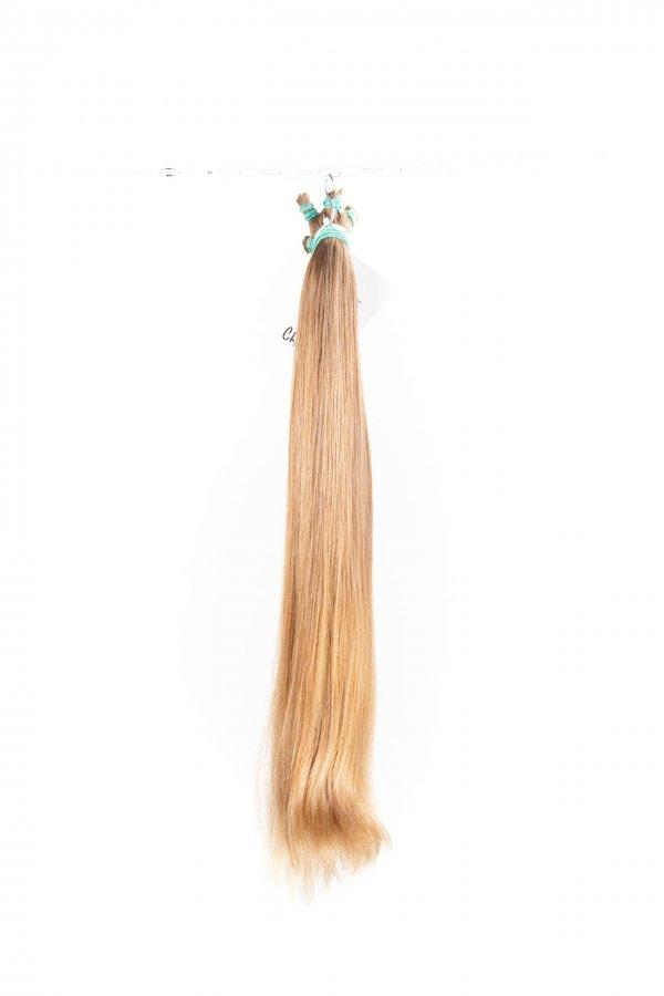 Přírodní nebarvené blond odstíny.