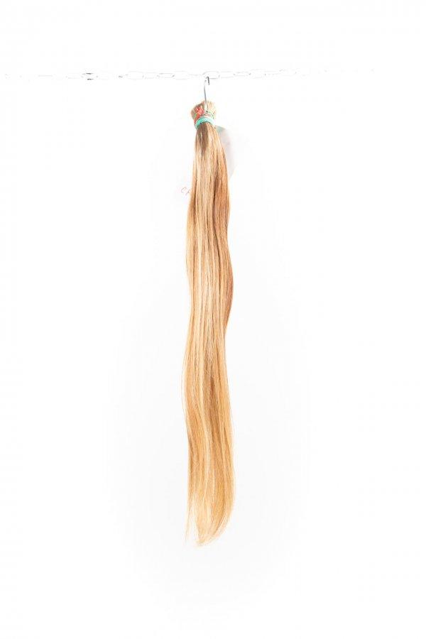 Dlouhé blond nebarvené vlasy k prodlužování.