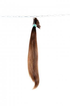 České vlasy v hnědém odstínu k prodlužování vlasů.