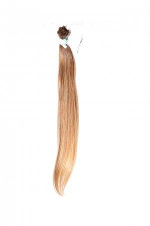 České světlé vlasy na prodlužování vlasů