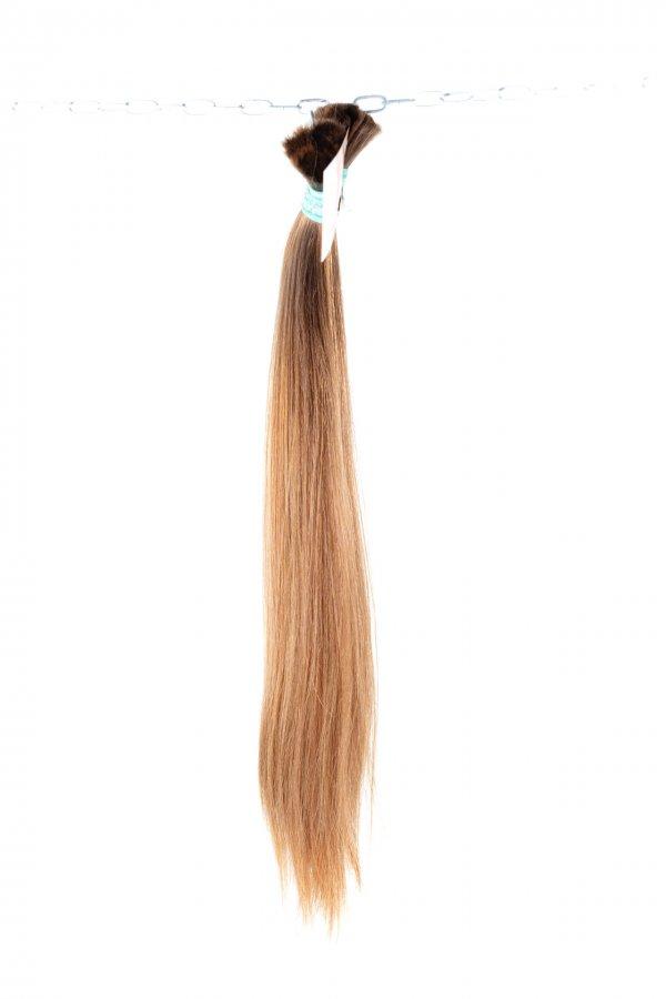 Světle hnědé vlasy na prodlužování vlasů