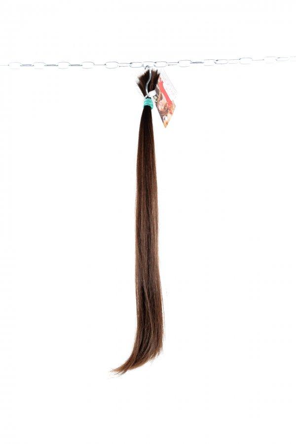 Tmavě hnědé rovné vlasy z výkupu