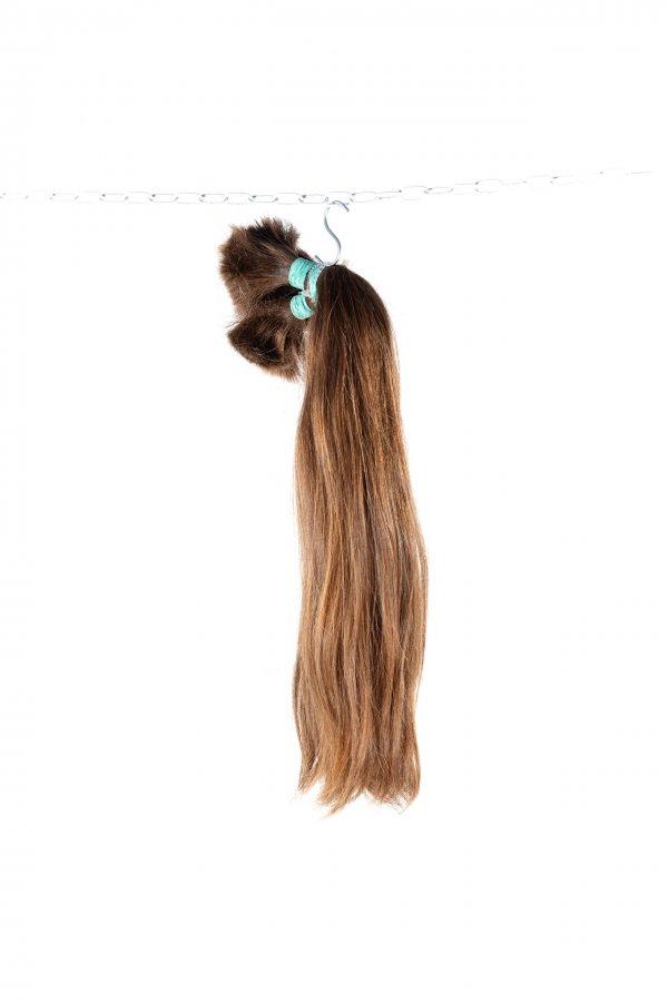 Husté středně hnědé vlasy k prodloužení