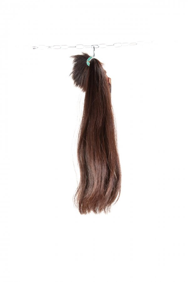Tmavé rovné vlasy k prodlužení vlasů.