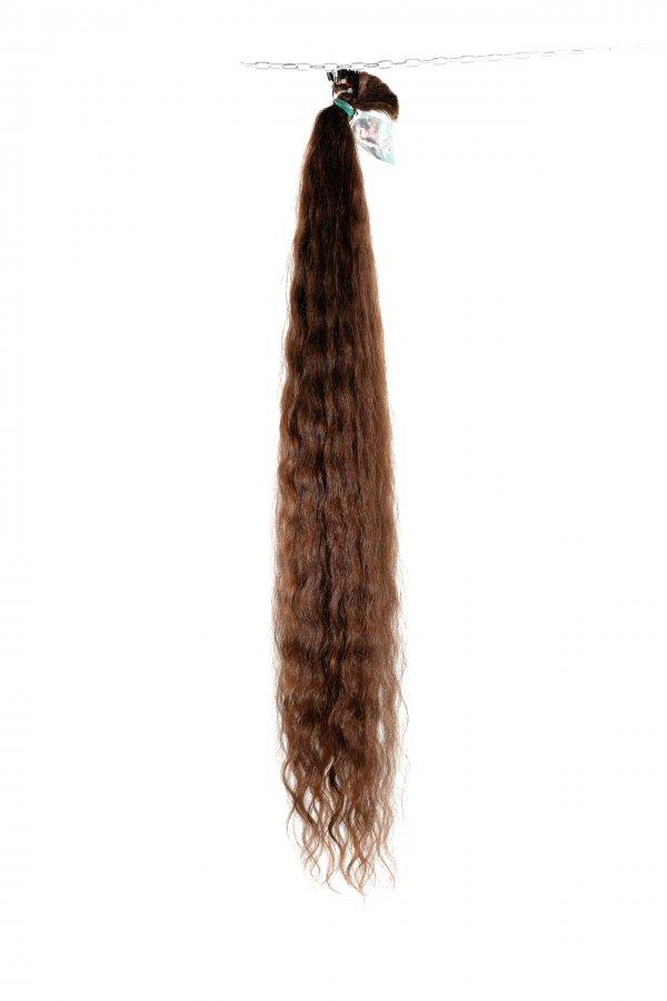 Dlouhé vlnité vlasy k prodloužení