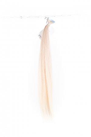 Dlouhé světlé vlasy na prodlužování