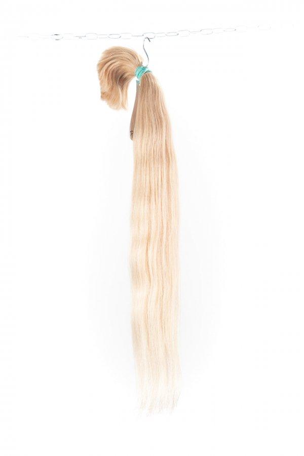 Světlé vlasy k prodloužení.