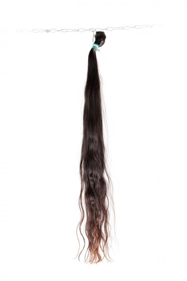 Vlnité řecké vlasy v přírodním odstínu na prodlužování