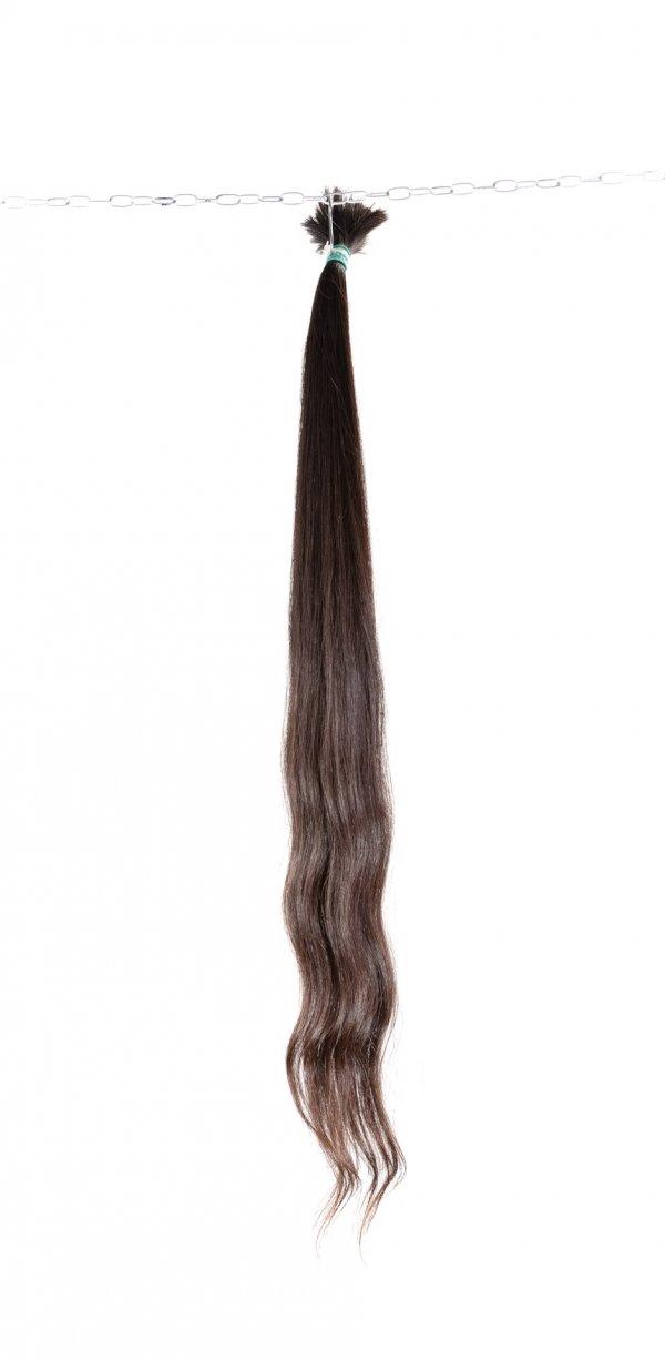 Lehké vlna hnědých vlasů na prodlužování