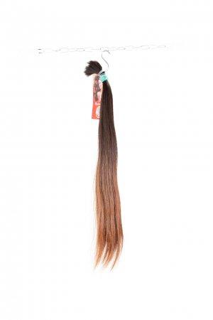 Dlouhé rovné hnědé vlasy na prodloužení vlasů