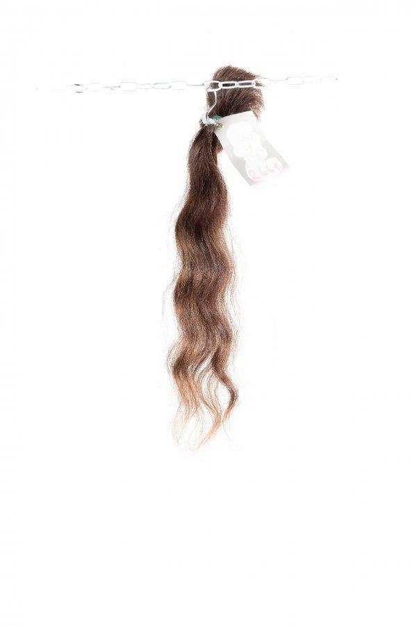 vlnité vlasy hnědé