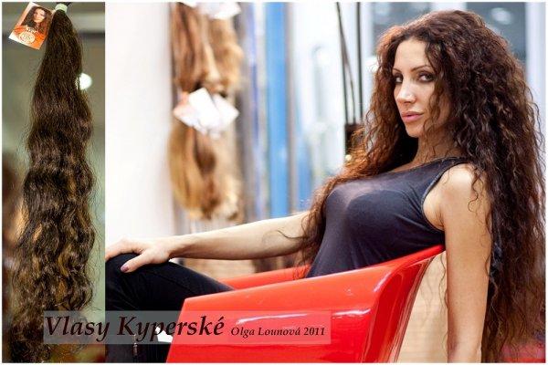 Vlnité vlasy Olga Lounová