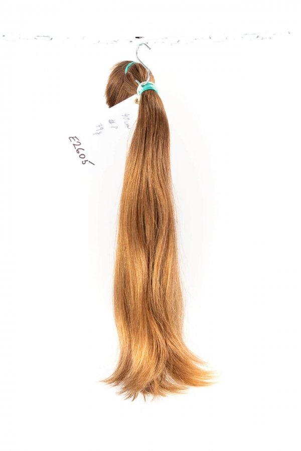 Jemné světlé vlasy na prodlužování