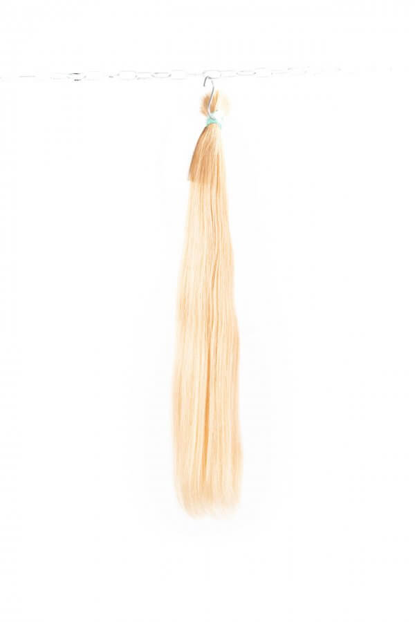 Krásné blond vlasy