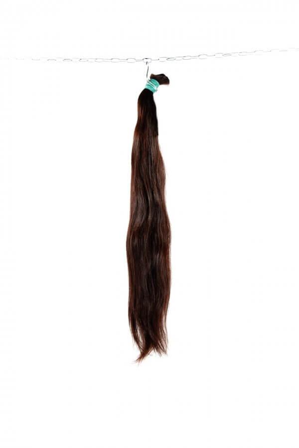 Jemné hnědé vlasy