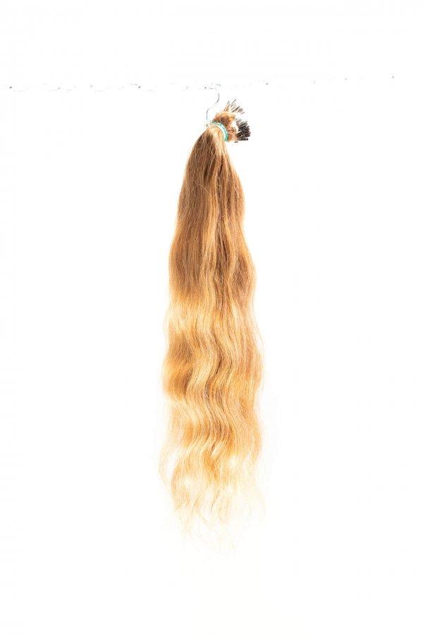 Vlnité kvalitní vlasy