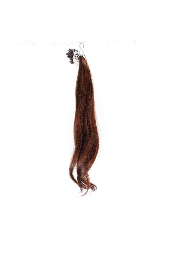 Vlasy s lehkou vlnou